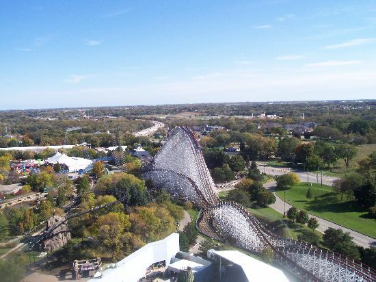 Gurnee, IL: view from the top of the Giant Drop