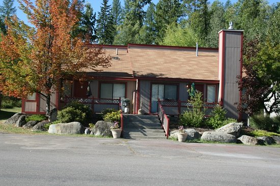 Crestwood Resort