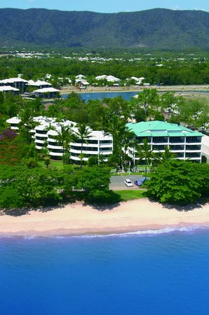 Photo of Roydon Beachfront Holiday Apartments Cairns