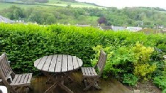 Brambleside Bed & Breakfast: Private patio garden