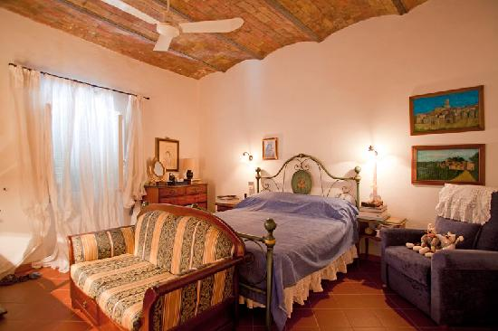 Manciano, Италия: getlstd_property_photo