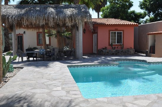El Tiburon Casitas: All Casitas around a sparkling pool
