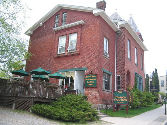 Summerhill Bed & Breakfast ~ Victorian Tea Room