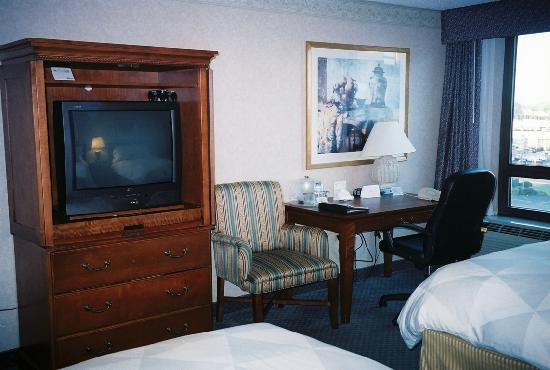 Radisson Hotel Philadelphia Northeast: TV