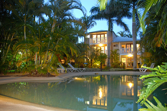 Sandy Beach Resort Noosa: Spacious Townhouse Apartments