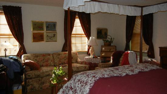Thomas Shepherd Inn: Back bedroom