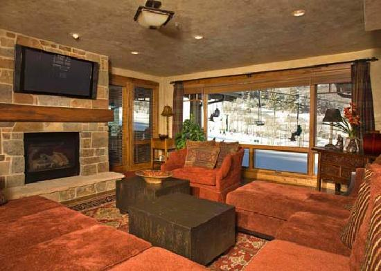 Black Diamond Lodge: Living Area - Courtesy of Deer Valley Resort, the owner