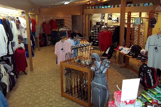 Dogwood Hills: Fully stocked Golf Shop