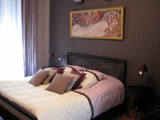 Épernay, Frankrike: our room (no 3)