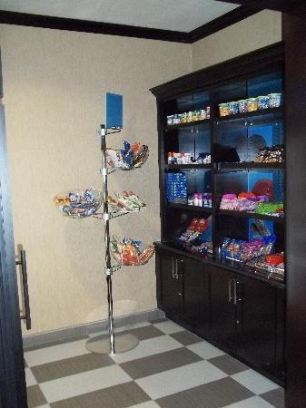 Hampton Inn & Suites Houston/Pasadena: Suite Shop