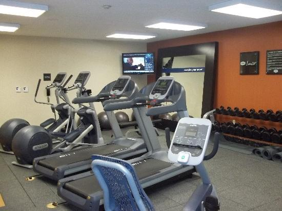 Hampton Inn & Suites Houston/Pasadena: Fitness Center: Cardio Equipment and Free weights