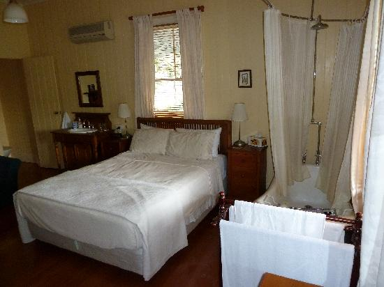 Eton Bed & Breakfast: Room 1