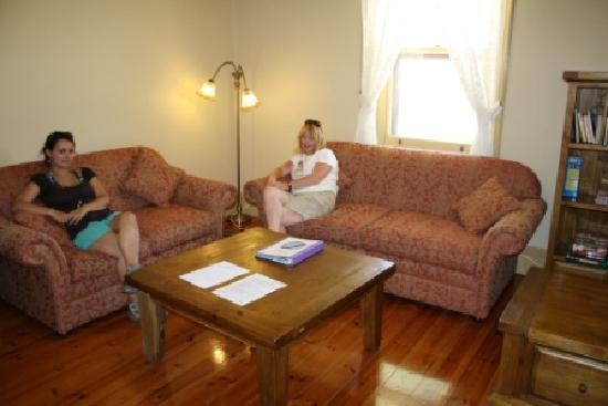 Cape du Couedic Lighthouse Keepers Heritage Accommodation: Cape Du Couedic Lodges - Lounge