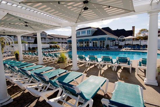 The Anchorage By the Sea: Poolside