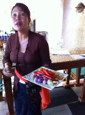 http://media-cdn.tripadvisor.com/media/photo-s/01/dd/fd/60/paspa-introducing-food.jpg