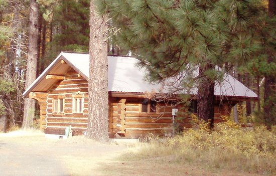 Photo of Mt Adams Lodge at the Flying L Ranch Glenwood