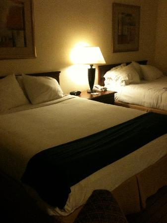 Holiday Inn Express Enterprise: Comfy beds