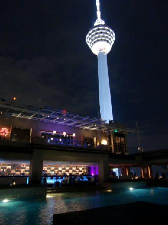 Pacific Regency Hotel Suites: view of KL tower
