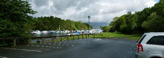 Balloch House Vintage Inn, Innkeeper's Lodge: Car park view