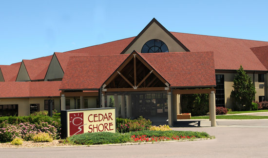 ‪Cedar Shore Resort‬