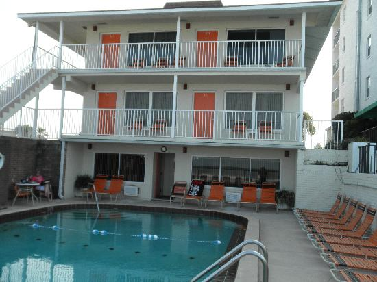 Royal Holiday Beach Motel Picture