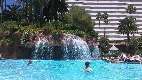 Water Fall Pool Picture Of The Mirage Hotel Amp Casino