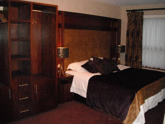 Mount Errigal Hotel: Room 307