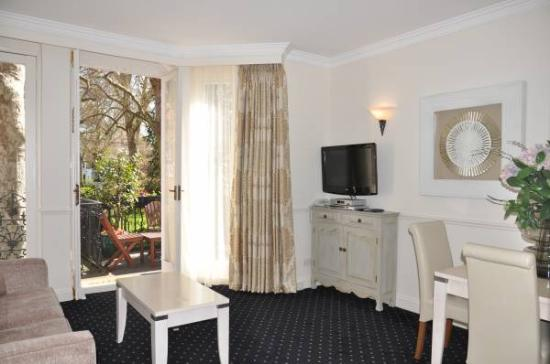 Collingham Serviced Apartments: Sitting Room at Collingham
