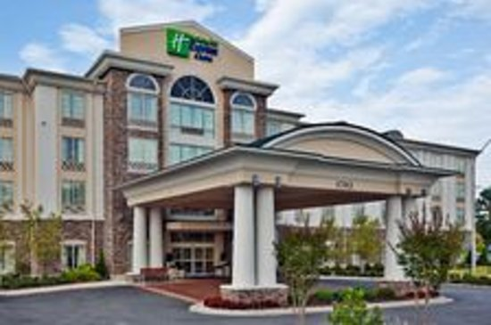 Holiday Inn Express Hotel &amp; Suites Phenix City-Fort Benning Area: Southern Hospitality at it&#39;s best.
