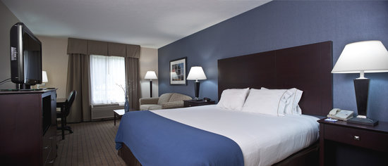 Holiday Inn Express Keene: New King Room