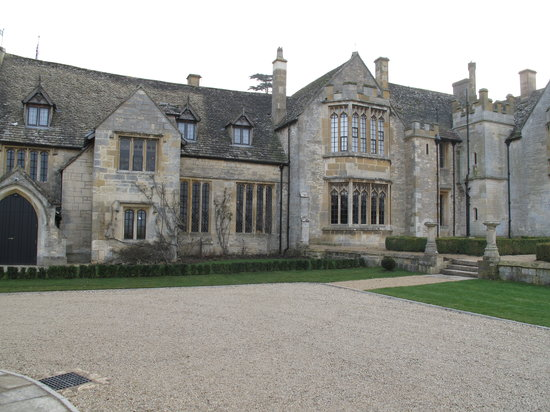 Ellenborough Park: Outside the hotel
