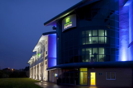 Holiday Inn Express Southampton M27 Jct 7 Hotel