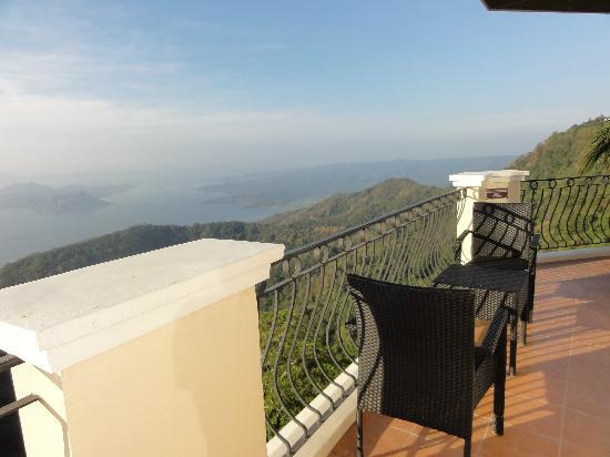 The Lake Hotel Tagaytay: veranda offers a stunning view of the lake