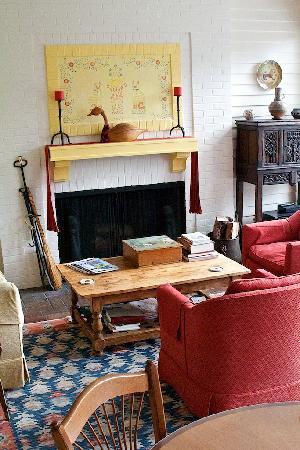 Squire House: Living Room