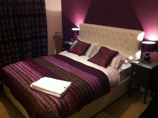 Plush Bedroom Picture Of Pembroke Guest House Oxford Tripadvisor