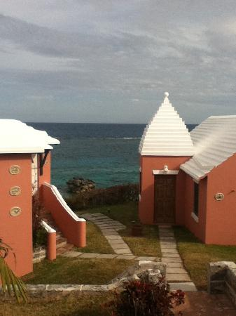 Pink Beach Club & Cottages: Completely charming setting.
