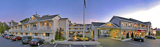 Photo of Parkside Inn -  Bridgeside Mackinaw City