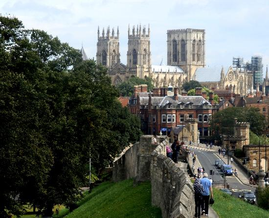 One day in york travel guide on tripadvisor for Good time to visit new york