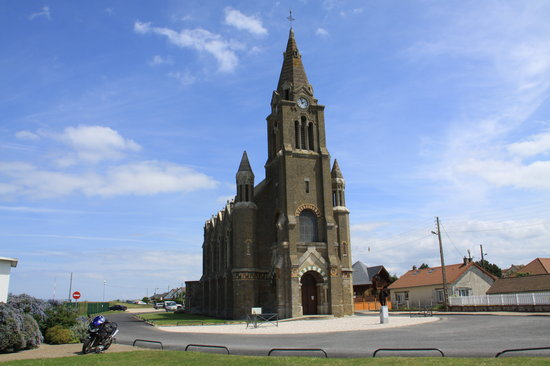 Dieppe, Франция: Church on the Cliffs