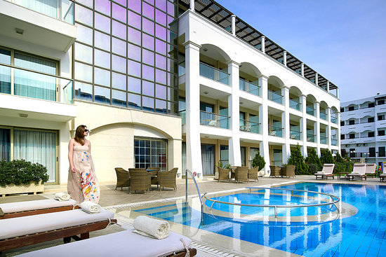 Albatros Spa &amp; Resort Hotel: external view