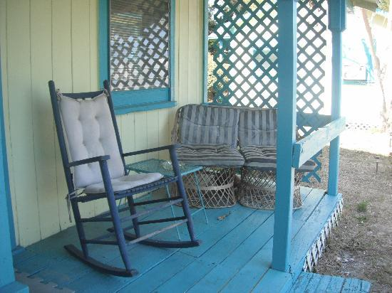 Mermaids Landing: porch