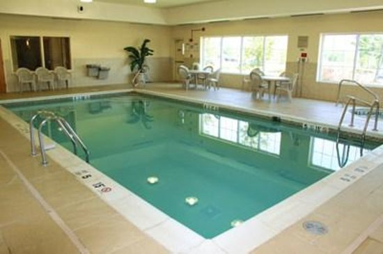Country Inn & Suites By Carlson, Rochester-Brighton: Indoor Heated Pool