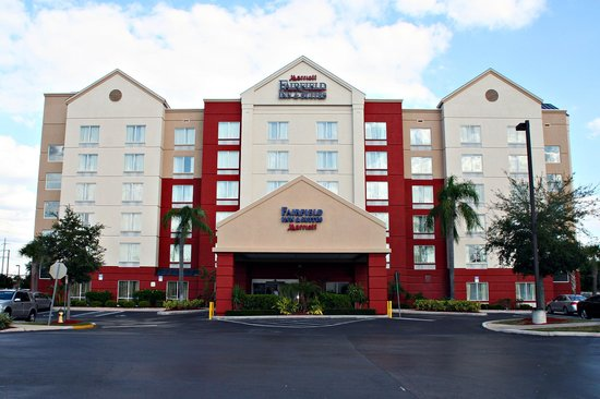 ‪Fairfield Inn & Suites Orlando Universal Studios‬