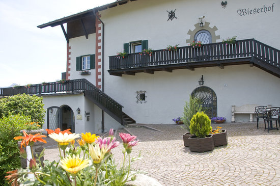 Naturhotel Wieserhof: Entrance
