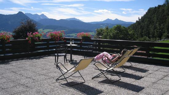 Naturhotel Wieserhof: Breathtaking views from the terrace