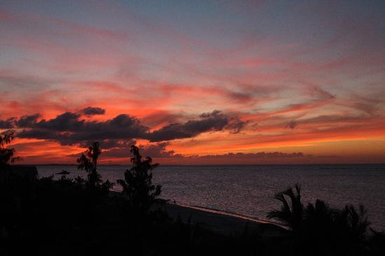 Villa Renaissance: Sunset over Grace Bay