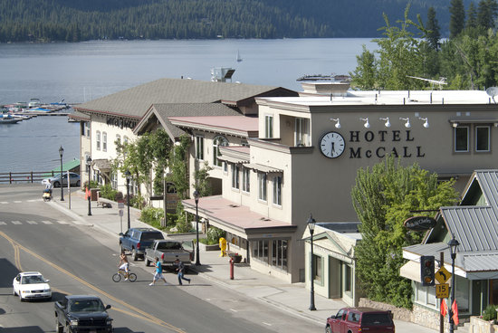 Hotel McCall