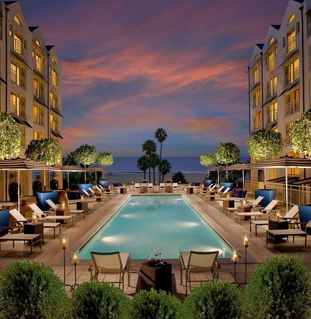 Loews Santa Monica Beach Hotel: Oceanview Pool