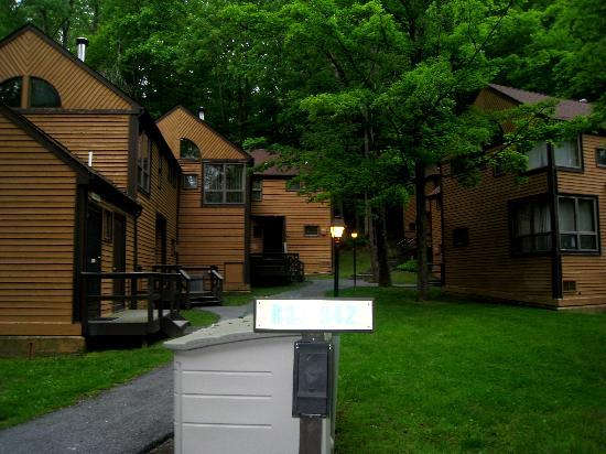 shawnee on delaware buddhist personals Poconos ski resorts  from the delaware river to lehigh river gorge state park, a myriad of guided tours are available  100 shawnee inn drive shawnee on .