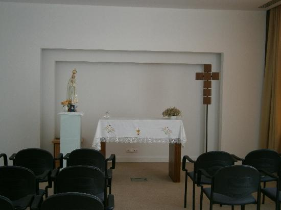 Santa Maria Hotel -- Fatima: Hotel Chapel